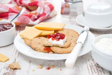 Free Delicious Breakfast With Crackers, Cream Cheese And Berry Jam Stock Images - 35573334