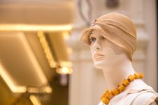 Free Mannequin Royalty Free Stock Images - 35577289