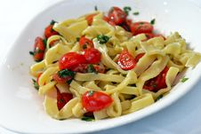 Free Pasta With Cherry Tomatoes And Basil Stock Photo - 35593370