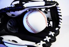 Free Baseball Glove Royalty Free Stock Image - 3561866