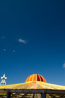 Free Colourful Dome And Blue Sky Stock Photos - 3563853