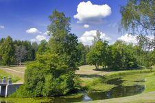 Free Path And Pond In Park Royalty Free Stock Photos - 3567458