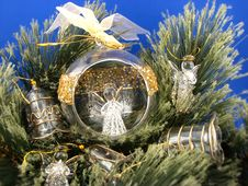 Free Christmas Bulbs With Angels Royalty Free Stock Photos - 3569338