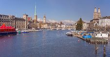 Free Zurich Cityscape Royalty Free Stock Photo - 35609765