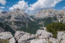 Free Mountains, Dolomites Stock Photo - 35618170