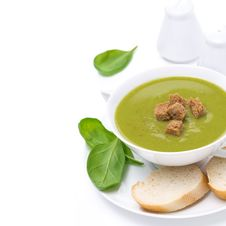 Free Delicious Spinach Soup With Croutons, Close-up, Isolated Royalty Free Stock Image - 35619166