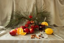 Free Still Life With Mulled Wine, Apple, Orange And Spices Stock Photo - 35620210