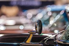 Free Cars On Display At An Autoshow Stock Photo - 35620630