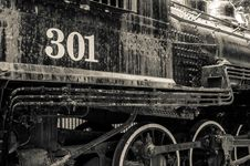 Free Old Black Locomotive Engine Royalty Free Stock Photography - 35623947
