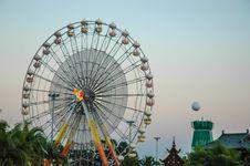 Free Ferris Wheel Stock Image - 35643621