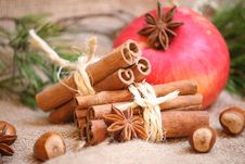 Free Cristmas Background Royalty Free Stock Images - 35643649