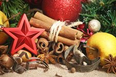 Free Christmas Spices Background Stock Photos - 35646813