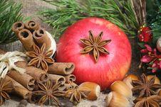 Free Christmas Decoration Royalty Free Stock Photo - 35646835