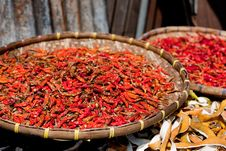 Free Dried Red Chilies Royalty Free Stock Photo - 35651585