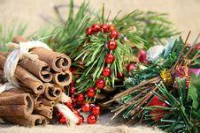 Free Christmas Decoration Royalty Free Stock Photos - 35653148
