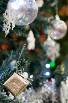 Free Christmas Tree Decoration Stock Image - 35658241