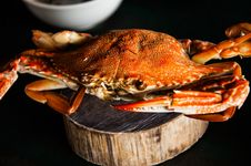 Free Red Steamed Blue Crab Royalty Free Stock Image - 35668286