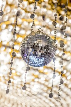 Free Disco Ball Royalty Free Stock Photos - 35670838