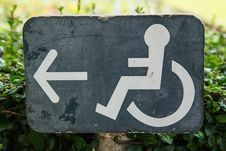 Free Wheelchair Sign Stock Photography - 35671742