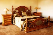 Free Modern Bedroom Royalty Free Stock Photos - 3570668