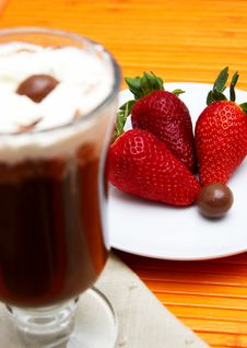 Cup Of Coffee And Strawberries Royalty Free Stock Photography