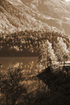 Free Sepia Mountains Stock Photography - 3577382