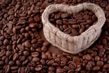 Free Coffee Beans On The Table Stock Photography - 35703452