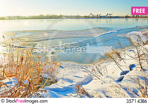 Free The Ice Clearing And Snow Sunrise Royalty Free Stock Image - 35714386