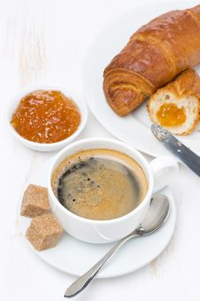 Free Fresh Breakfast With Black Coffee, Croissants And Orange Jam Stock Images - 35716564