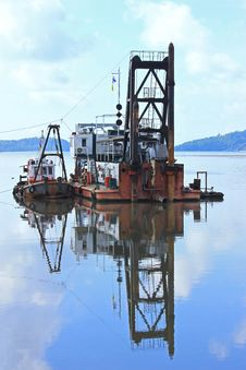 Free Barge Stock Photography - 35723022