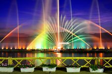 Free Fountain Colors Stock Images - 35725334