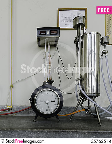 Free Old Laboratory,  Thermotechnics Lab Stock Images - 35762514
