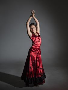 Free Young Woman Dancing Flamenco Royalty Free Stock Image - 35773526