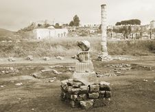 Free Ruins Of Artemision In Ephesus Royalty Free Stock Photography - 35773687