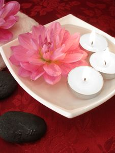 Free Spa Essentials Royalty Free Stock Image - 3582446