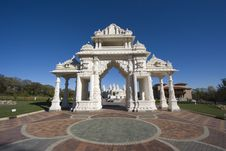 Free Hindi Temple In Chicagoland Stock Photo - 3582890