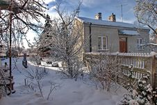 Free Country House In Winter Stock Images - 3584964