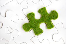 Free Green Puzzle Piece Royalty Free Stock Image - 35800816