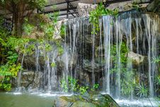 Free Waterfall Stock Images - 35802714