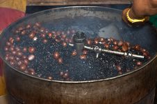 Free Roasting Chestnuts Malaysia Royalty Free Stock Photos - 35850048
