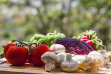 Free Fresh Vegetables On Wooden Chopping Board Stock Image - 35851431