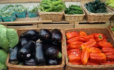 Free Eggplant And Peppers For Sale Royalty Free Stock Photography - 35853377