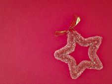 Free Decorate Red Star Royalty Free Stock Photo - 35853965