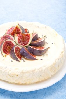 Free Cheesecake With Honey And Lavender, Fresh Figs Stock Photo - 35856050
