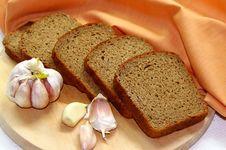 Free Rye-bread And Garlic Royalty Free Stock Image - 35862676