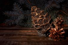 Free New Year`s Composition Of A Pine Cones Royalty Free Stock Photography - 35863807