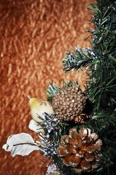 Free Christmas Balls And Christmas Tree On A Gold Background Stock Image - 35868081