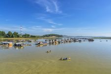 Free Floating Village Stock Photo - 35882230