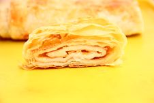 Free Strudel Royalty Free Stock Images - 35893139