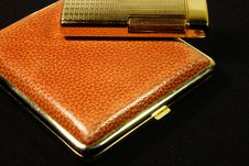 Free Cigarette-case And Lighter Royalty Free Stock Photos - 3590268